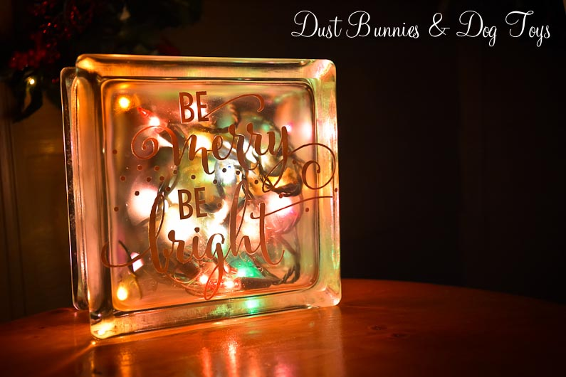 its christmas eve and i wanted to share one last christmasy craft project my mother in law gave me several glass blocks when we visited her last fall