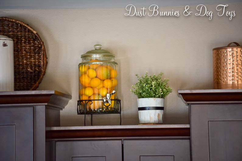 Decorating Kitchen Cabinet Tops Photos - Sarkem.net